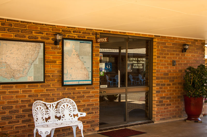 Contact Us for Accommodation in Narrabri